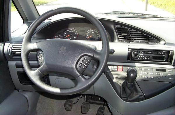 Peugeot 806 - unutrašnjost