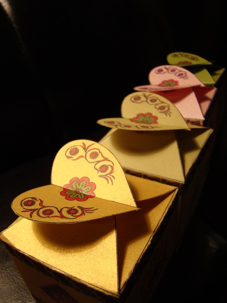 Decorative gift boxes (2/6)