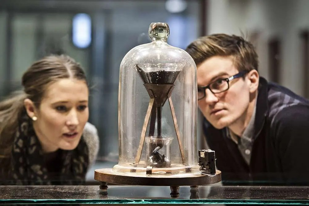 pitch drop experiment