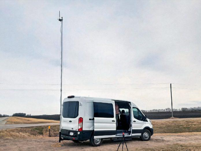 uAvionix Control Van and skyStation GRS
