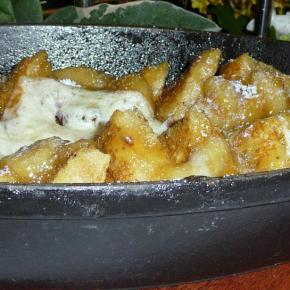 French toast with honey and mascapone cheese