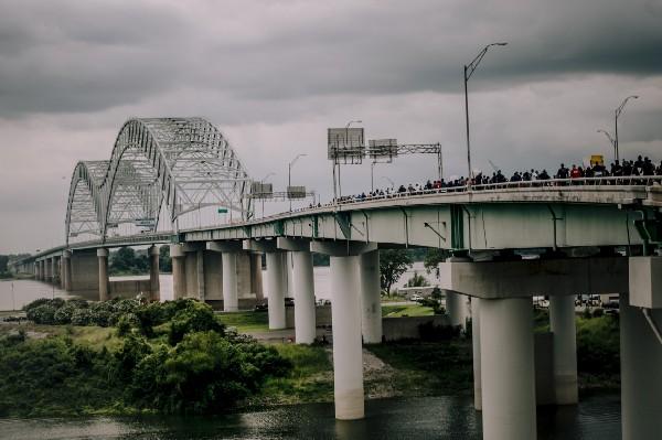 Protesters crossing Hernando DeSoto Bridge
