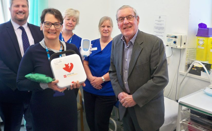 MLOF donates equipment to Tolsey Surgery