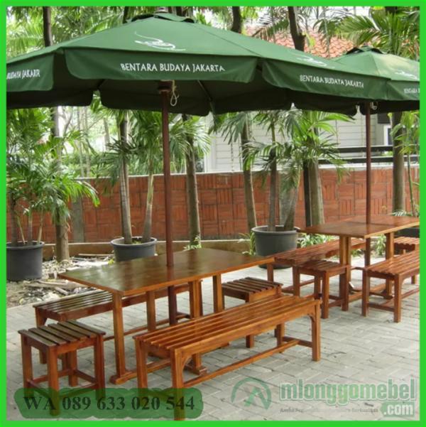 Meja Payung Cafe Kotak Dengan Bangku