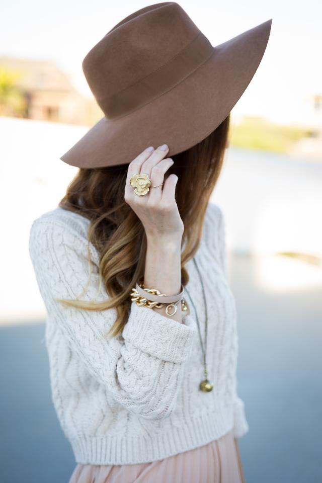 brown, felt, wide-brim hat with fall knit sweater via M Loves M @marmar