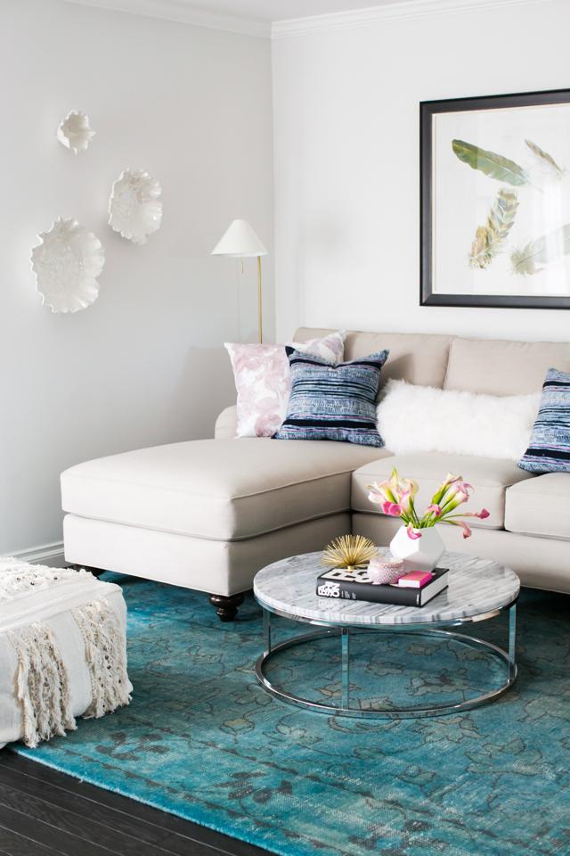 M Loves M Home Tour living room @marmar