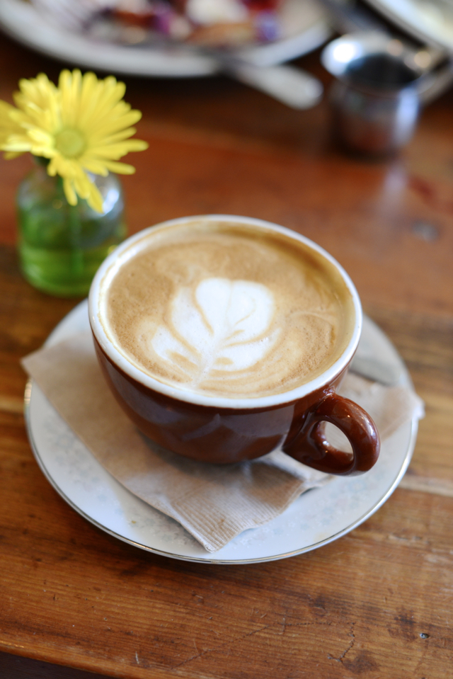 almond milk latte from Oddfellows Cafe and Bar in Seattle, Washington M Loves M @marmar