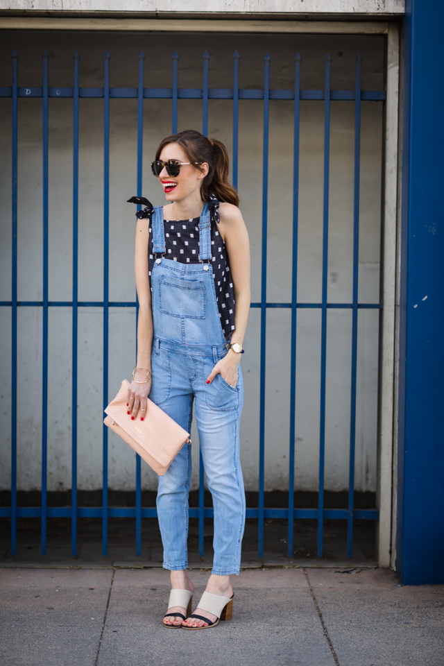 a stylish way to wear overalls M Loves M @marmar