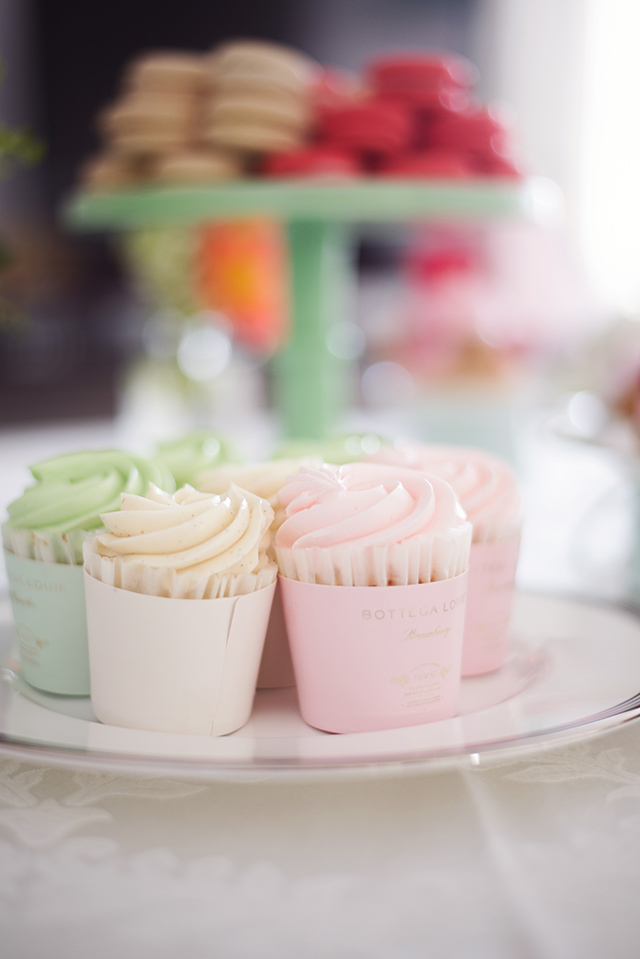 the prettiest cupcakes from bottega louie los angeles M Loves M