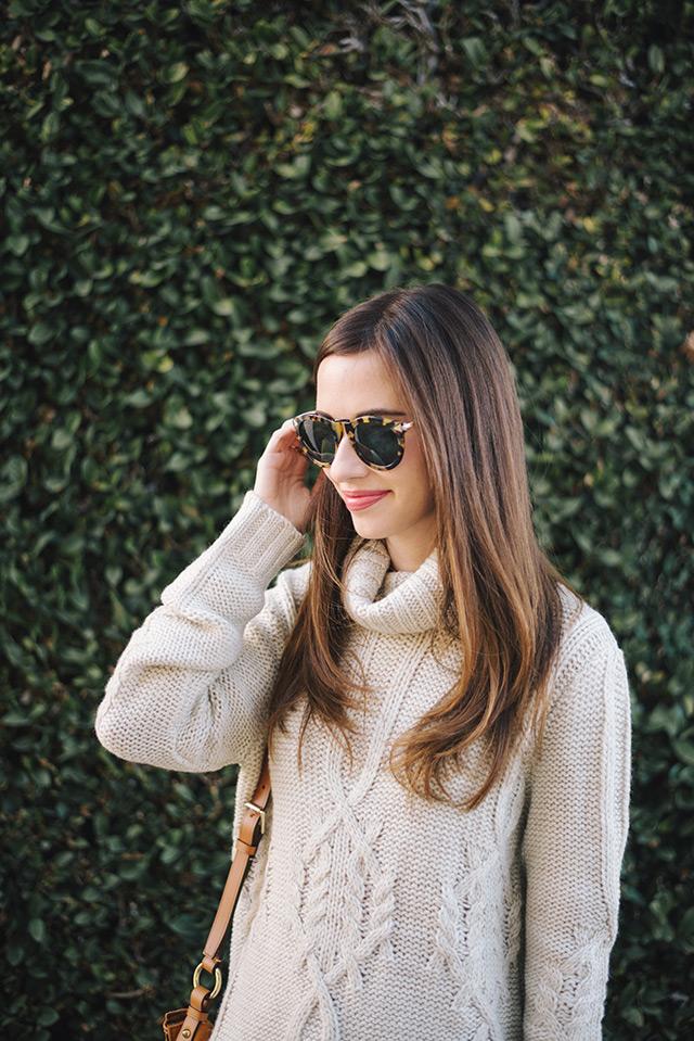 turtleneck sweater with tortoise sunglasses M Loves M