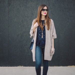 feather top with jeans M Loves M