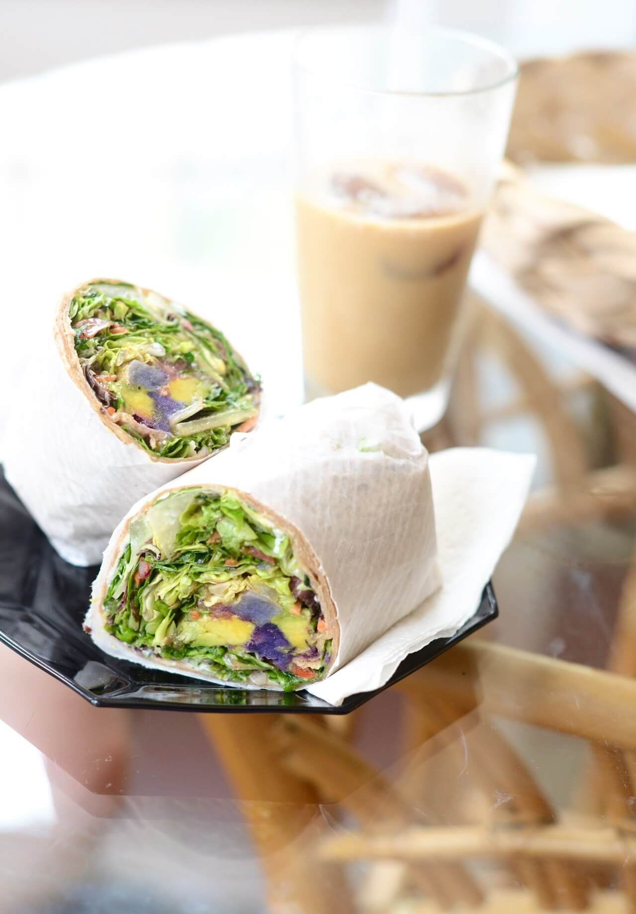 healthy lunch options on maui: veggie wrap at bamboo fresh in lahaina