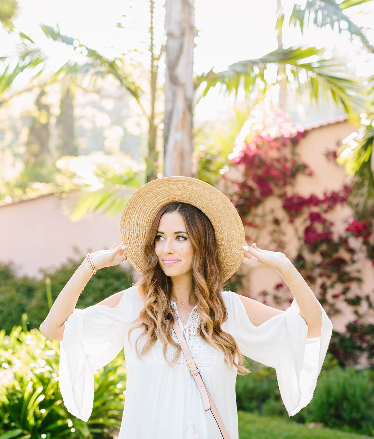 sun hat with white bell sleeve dress