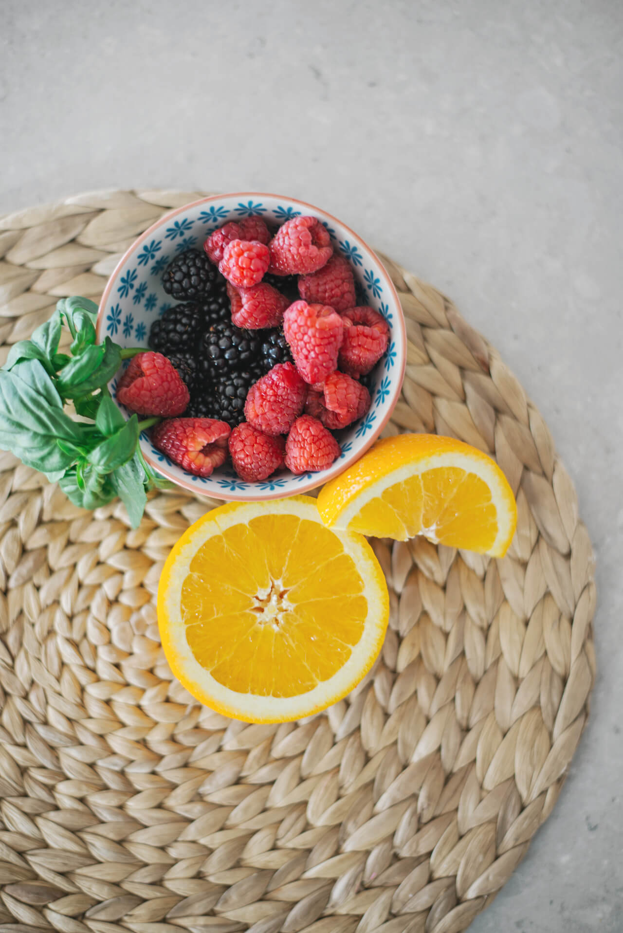 antioxidant rich fruits