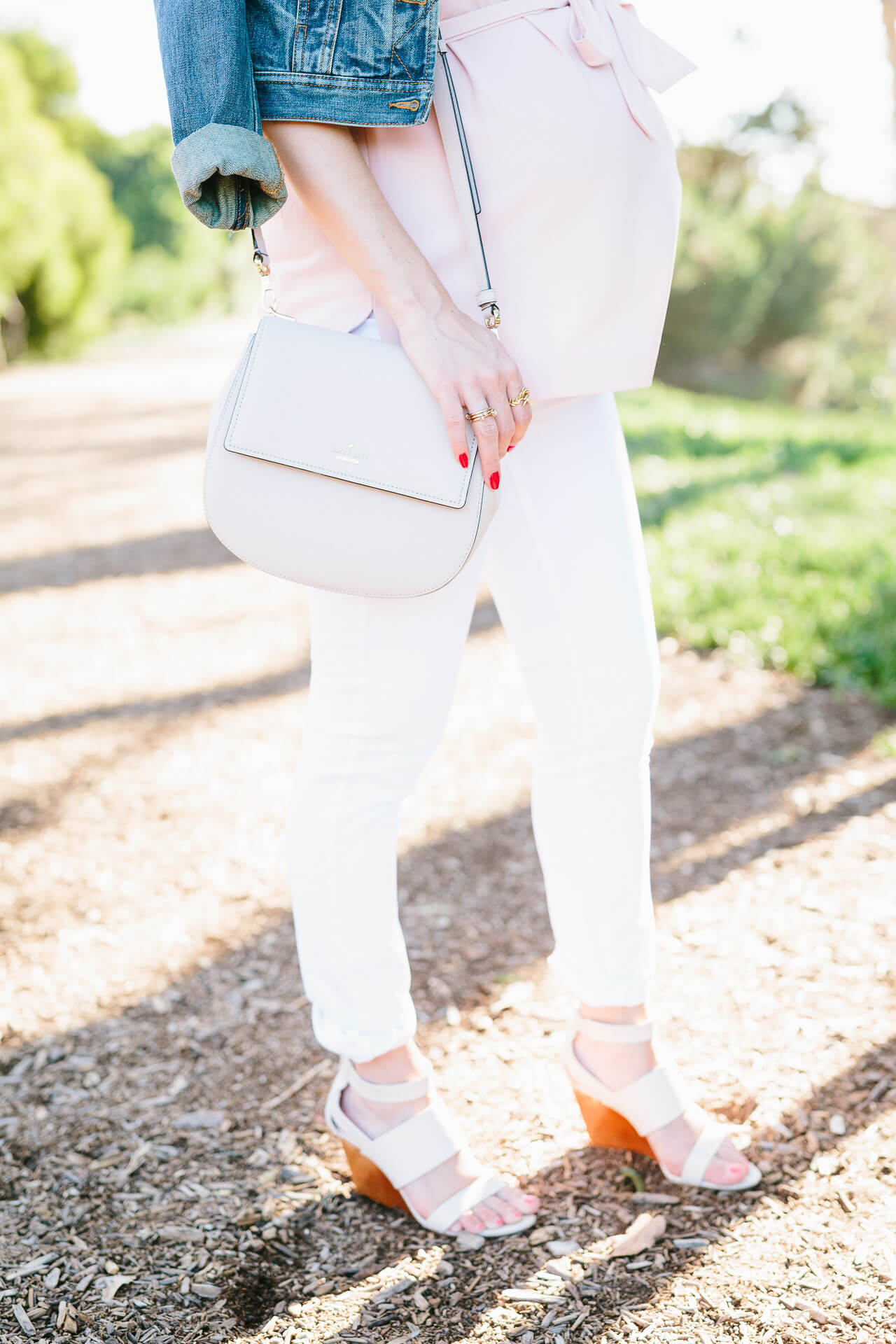 kate spade cameron byrdie purse with white denim