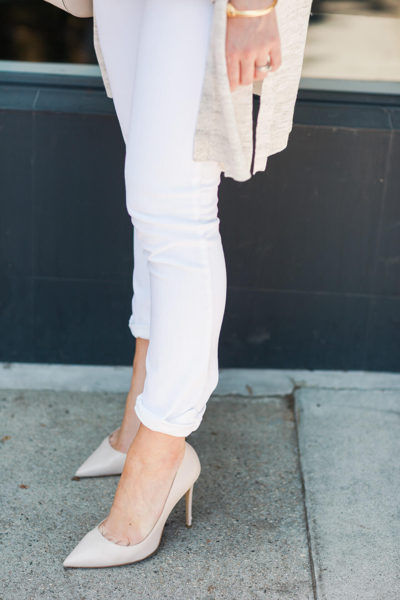 love these m.gemi heels in cammeo. they're the perfect neutral!