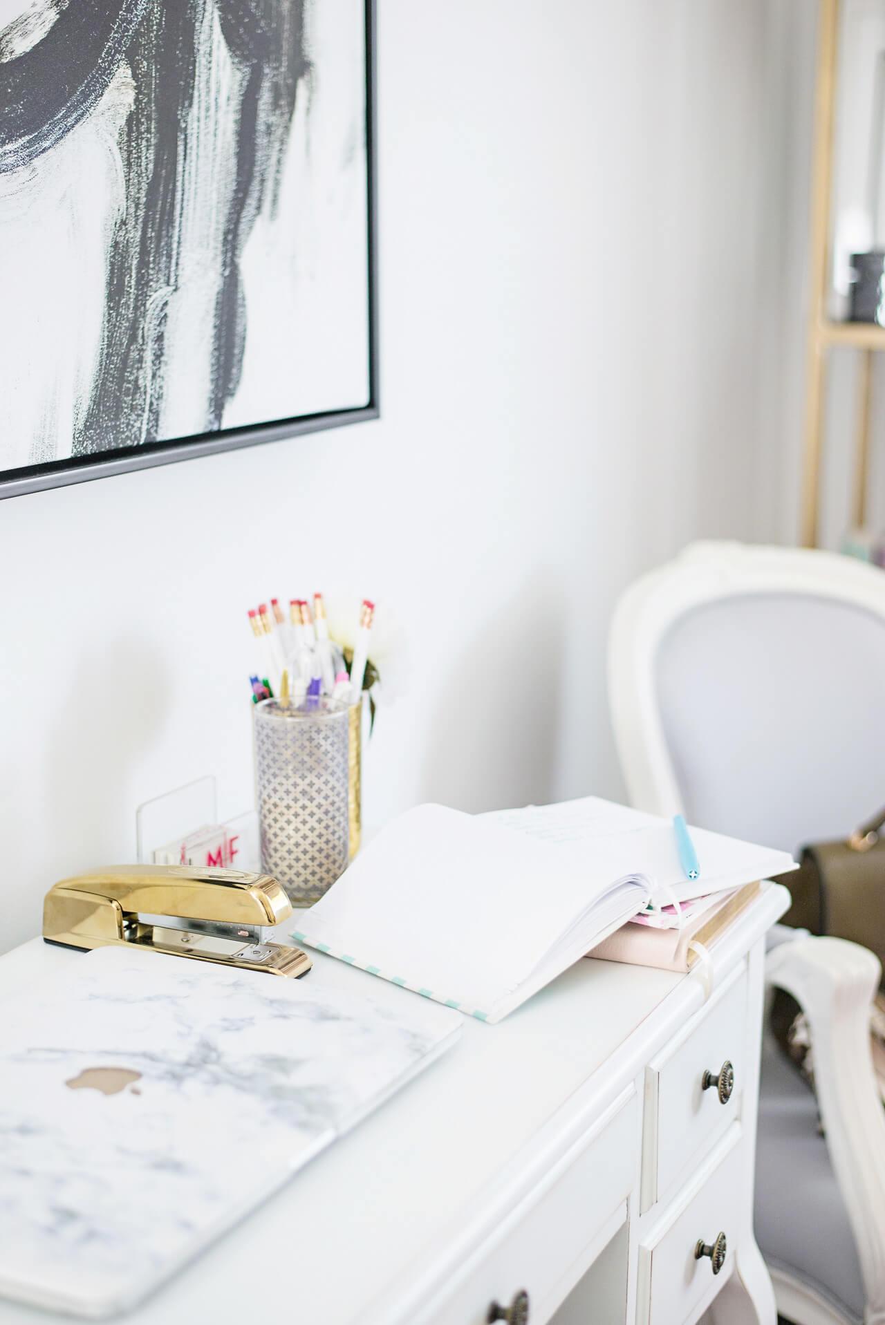 feminine office space - M Loves M