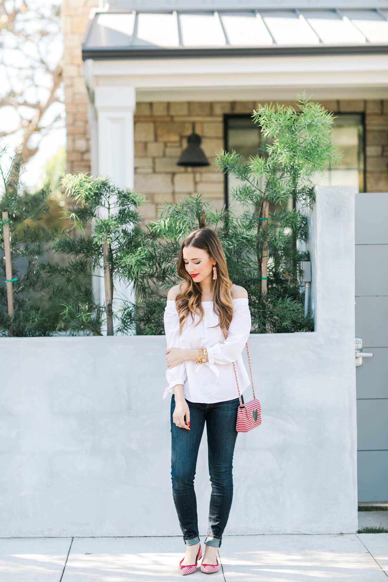feminine valentine's day outfit inspiration- classic Valentine's Style