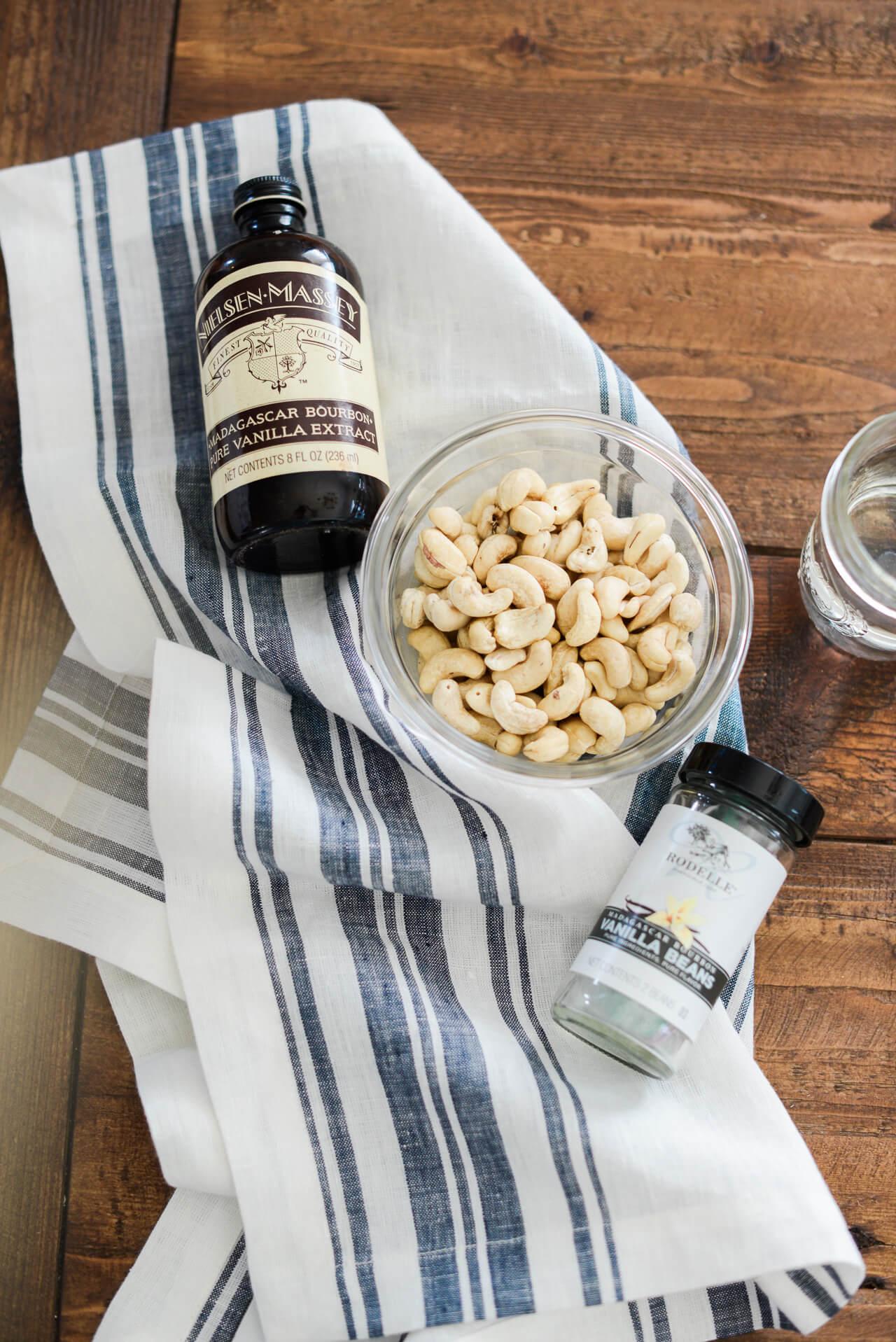 ingredients for homemade cashew milk creamer