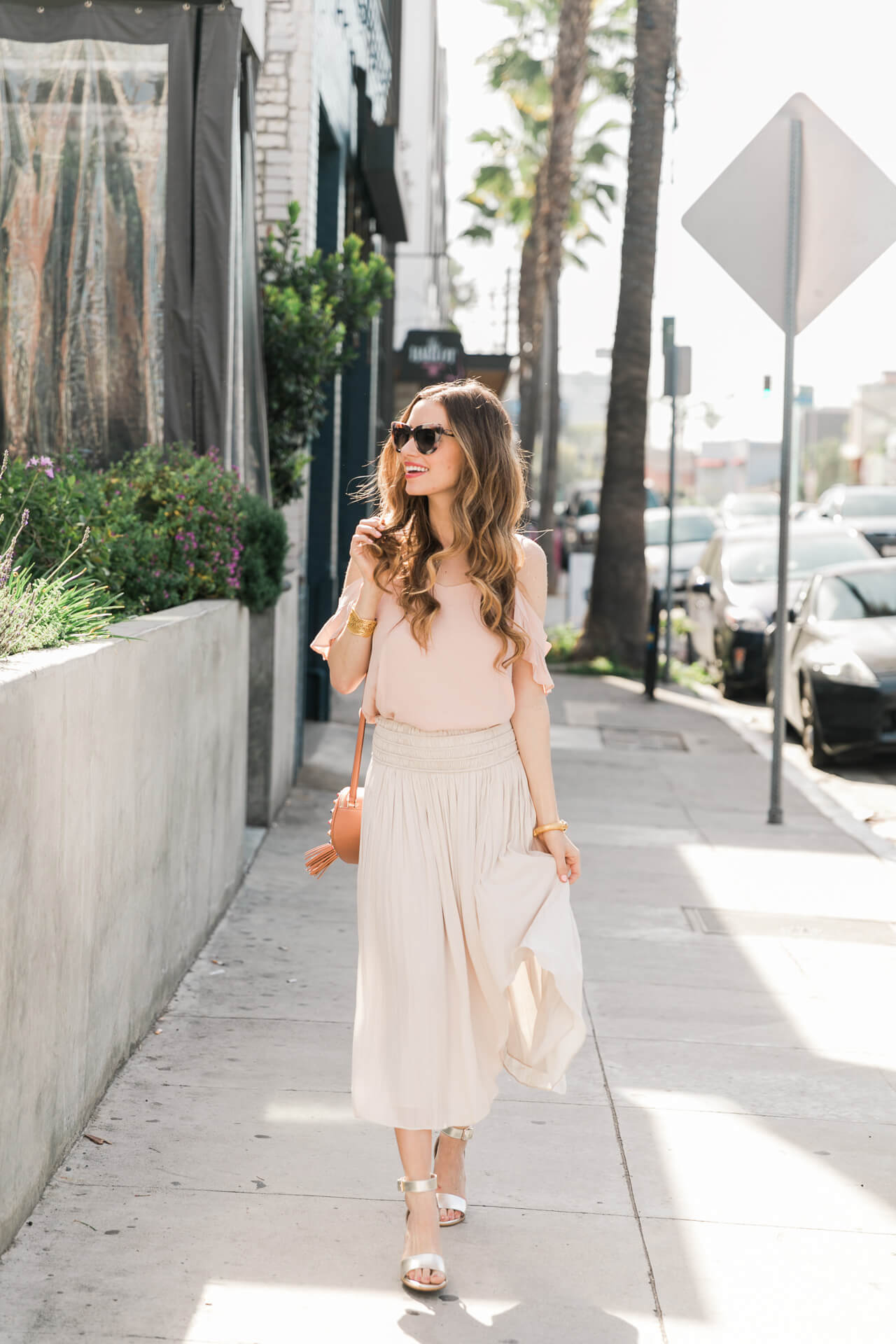los angeles fashion blogger outfit inspiration - feminine style