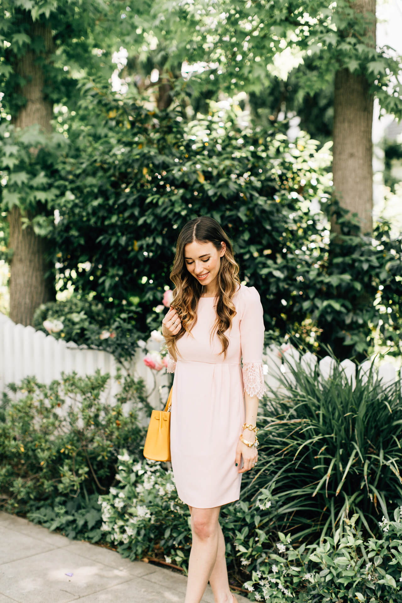 love this feminine and romantic bell sleeve dress for spring - M Loves M @marmar