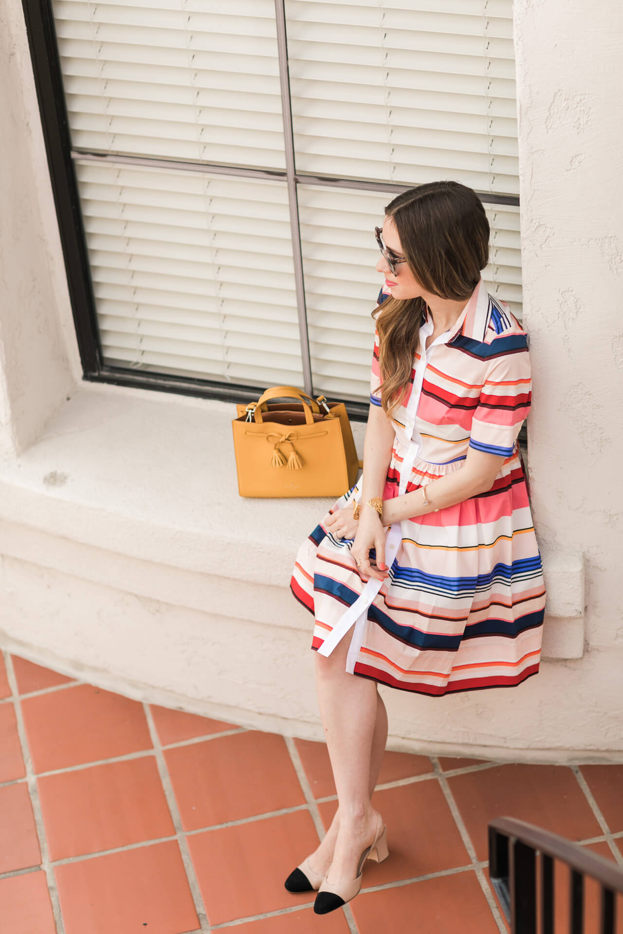 love this feminine spring outfit - striped shirtdress for spring