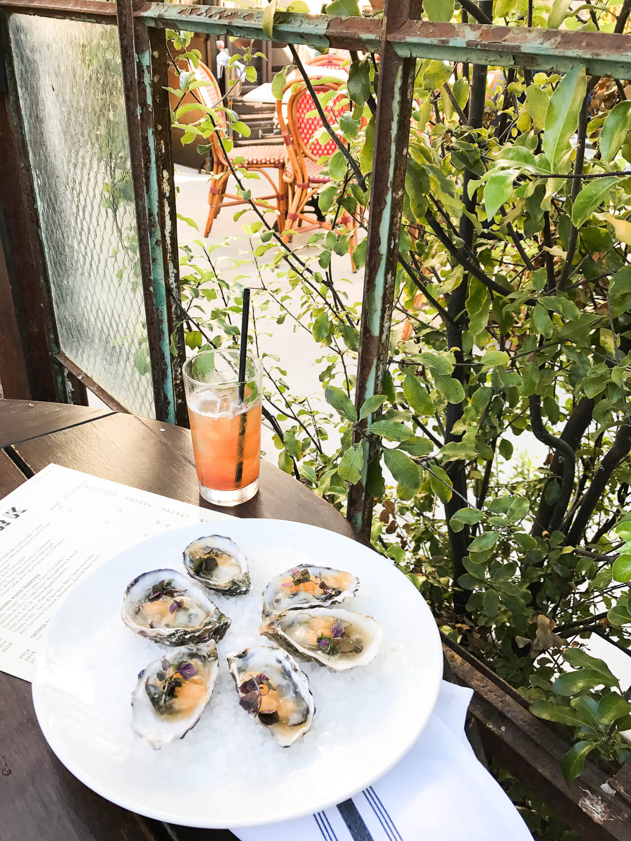delicious oysters for lunch in santa barbara - M Loves M @marmar