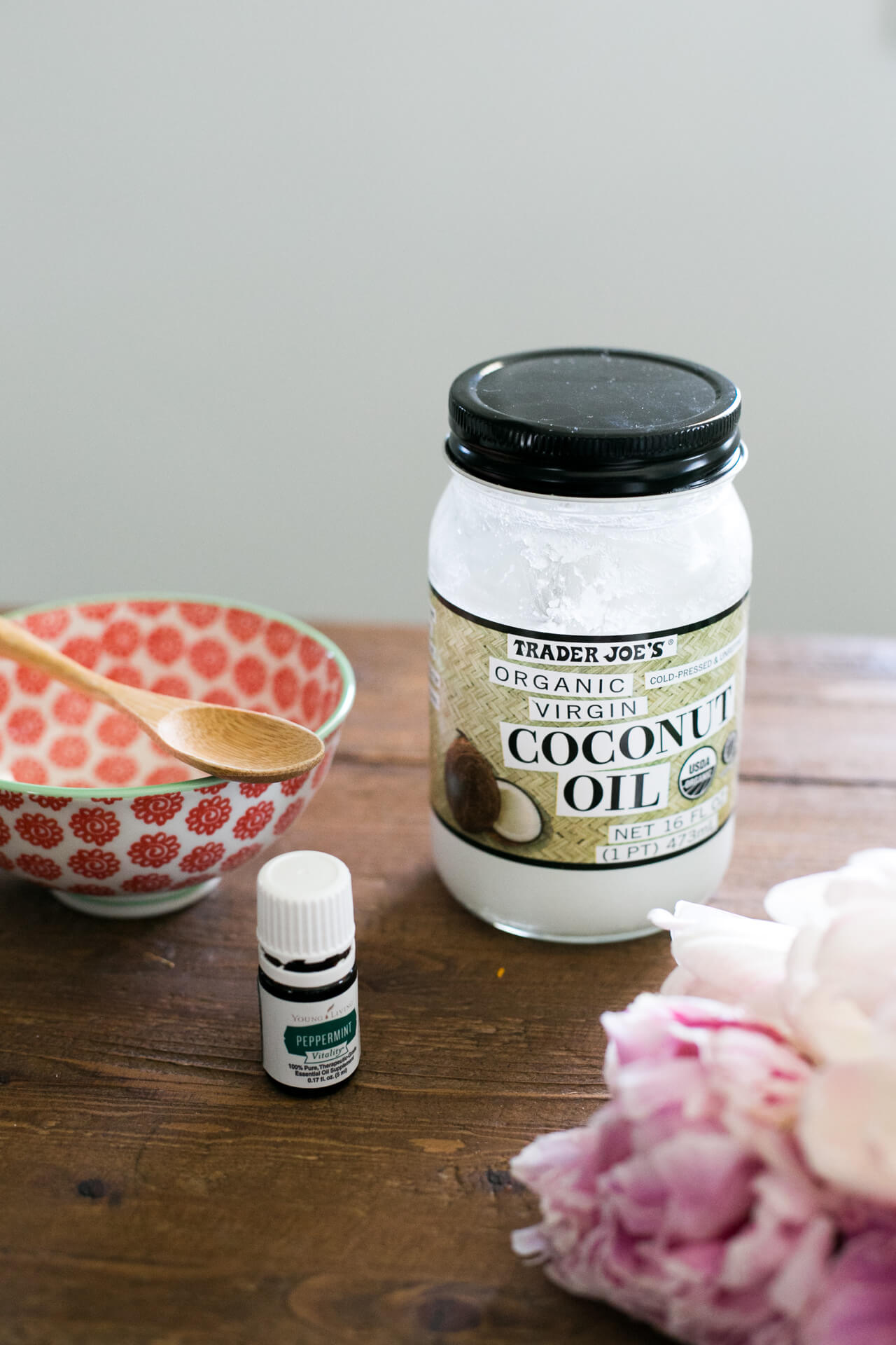 now up on M Loves M oil pulling wellness challenge so excited to try oil pulling at home - M Loves M @marmar