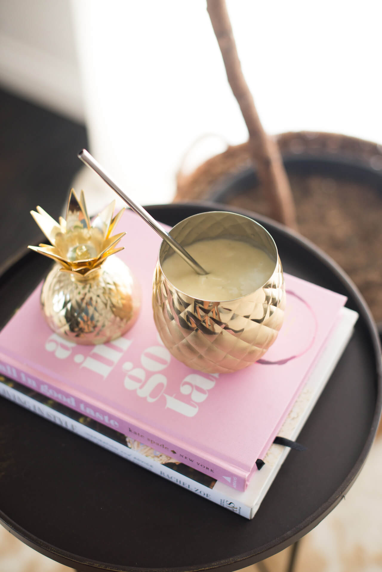 the perfect pineapple smoothie for breakfast or as a quick snack - M Loves M @marmar