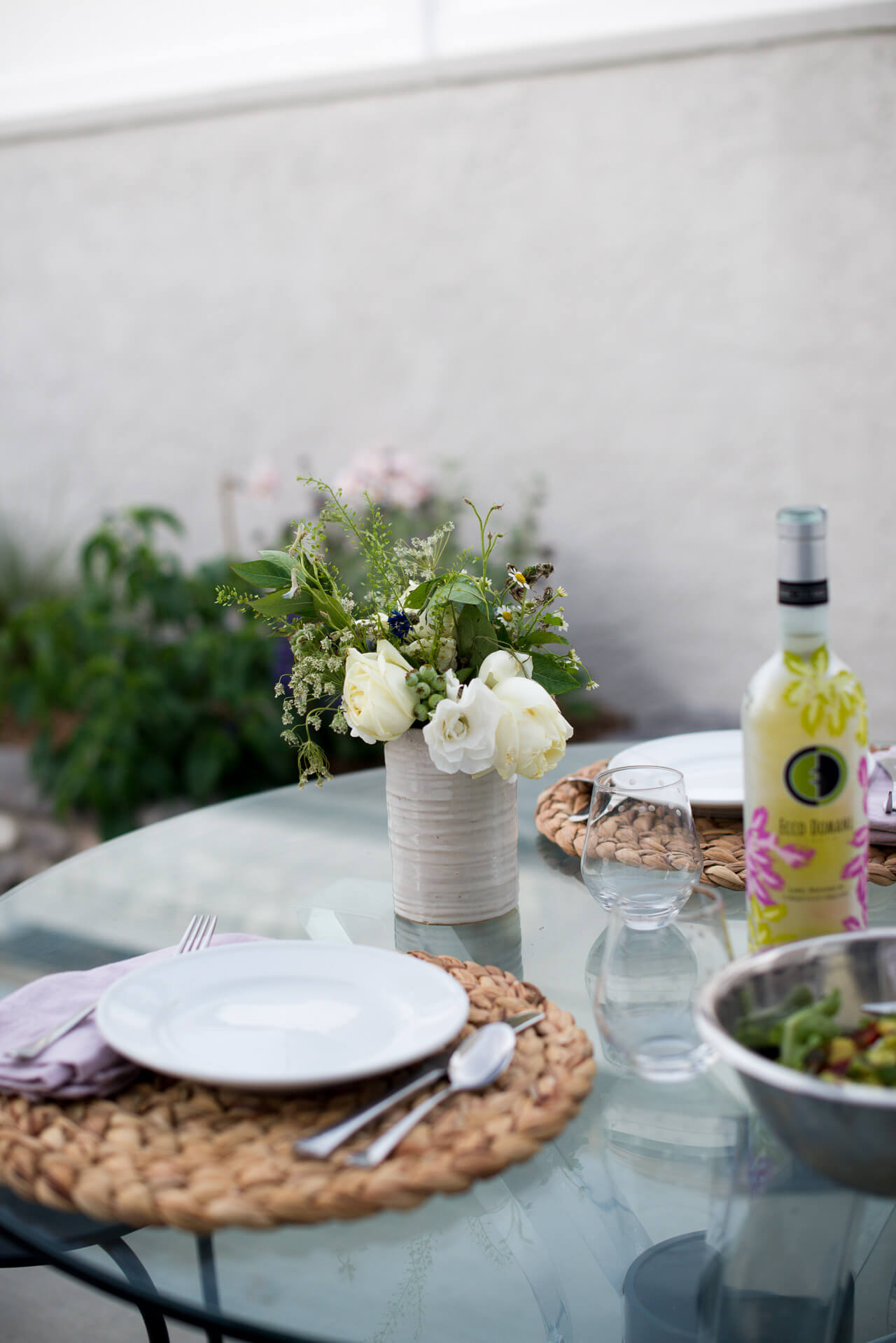 an easy summer meal to eat outside