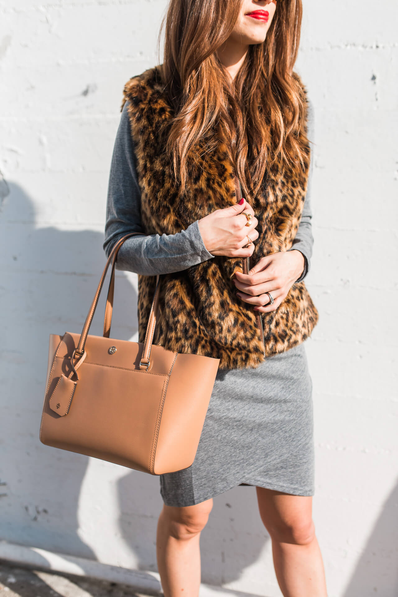 Styling a camel colored bag for the fall season