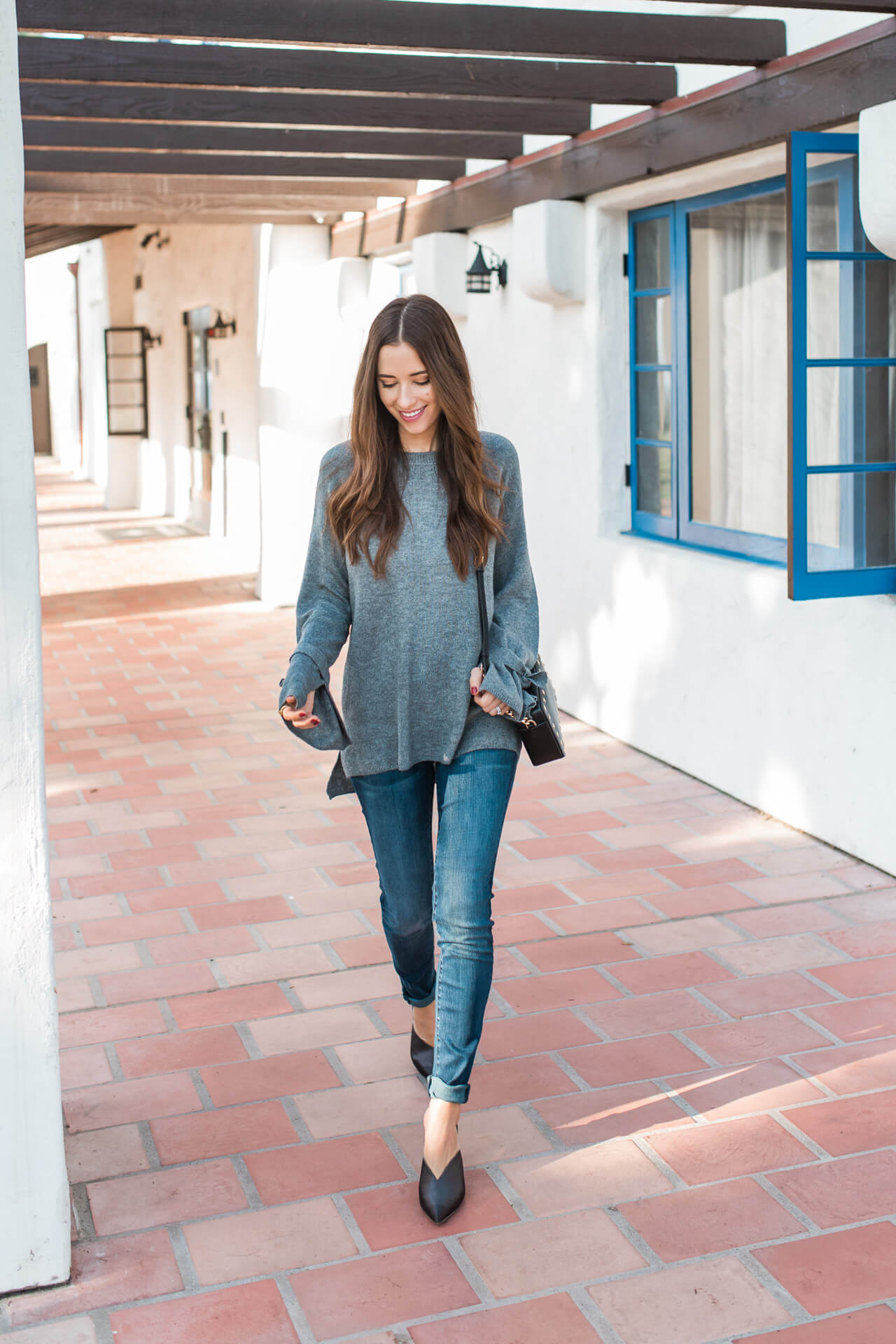 a casual way to dress up a simple outfit