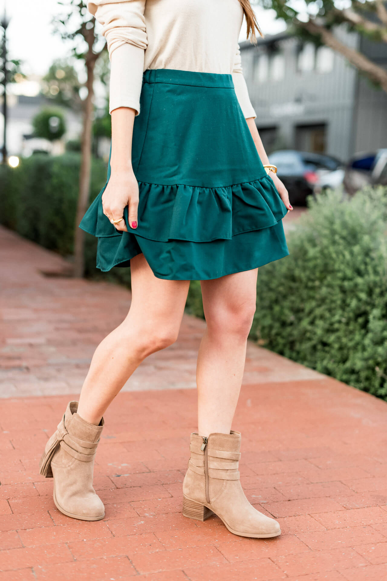 this skirt is perfect for those warmer fall days