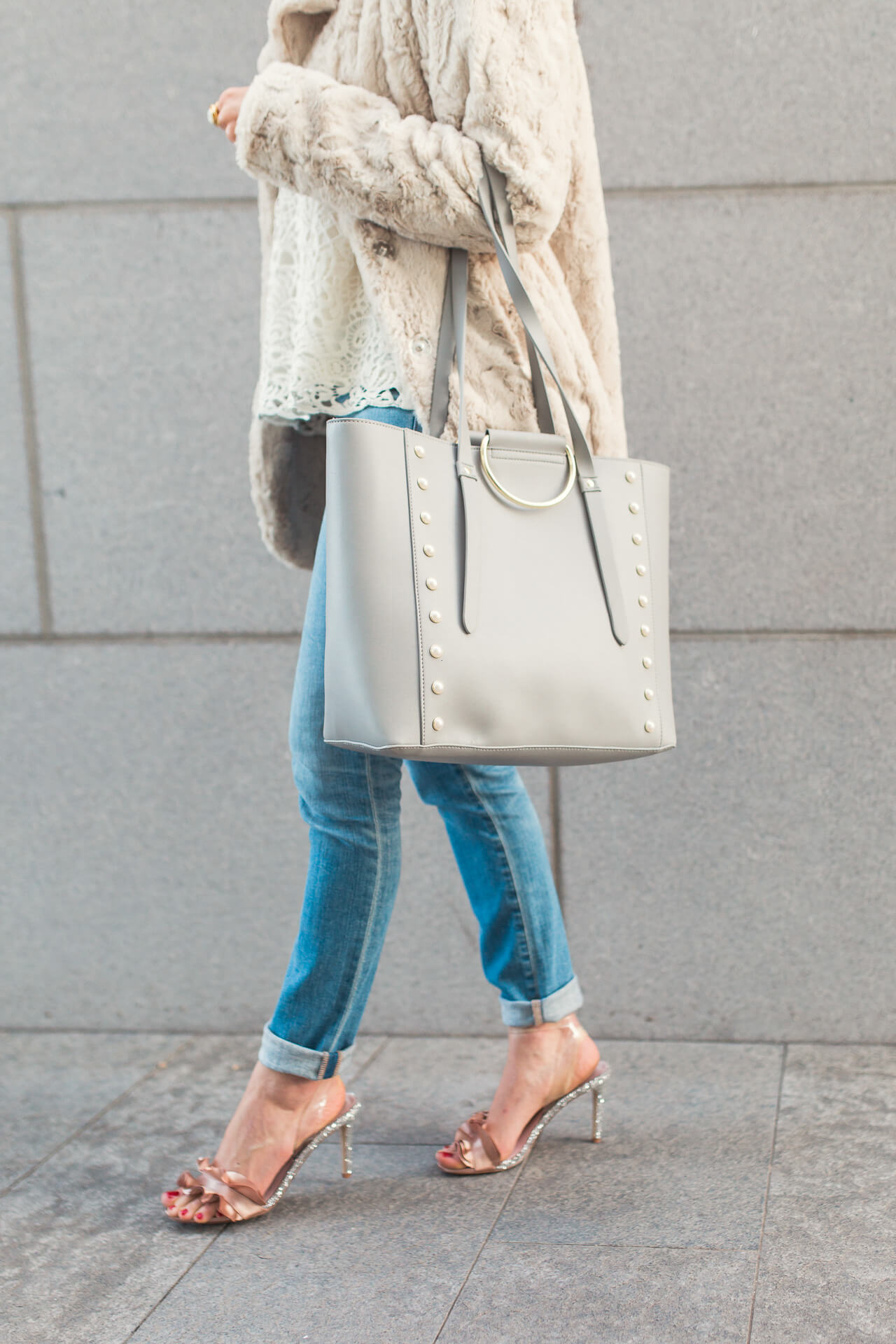 loving this pale blue tote for winter outfits