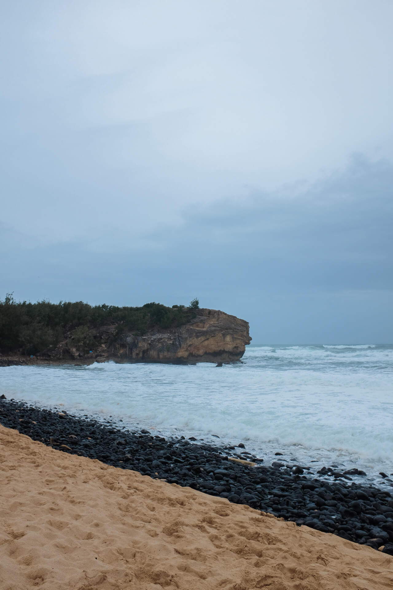 beached to visit on kauai - M Loves M