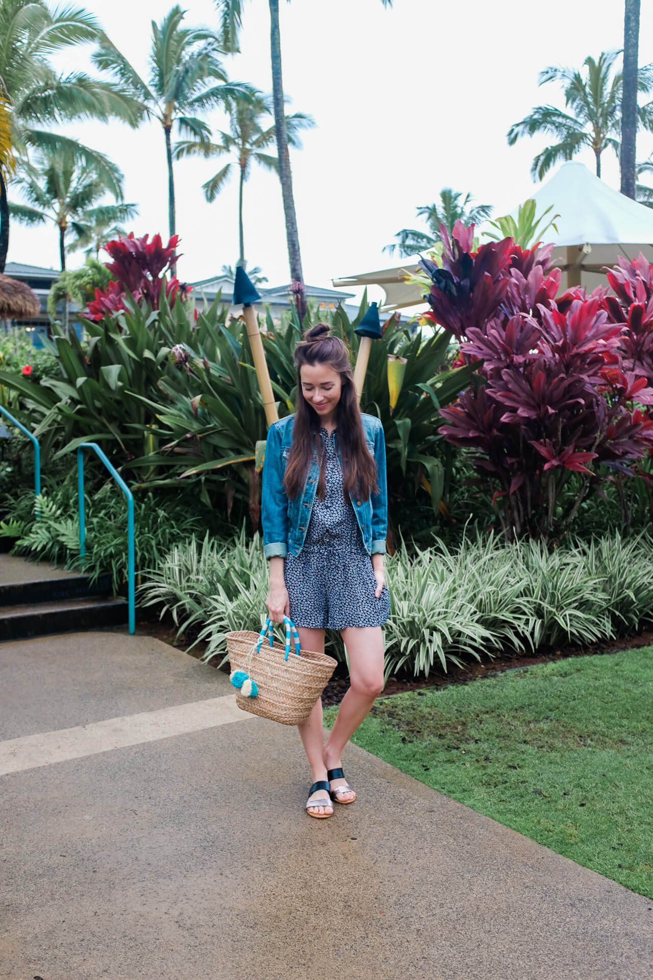 casual kauai outfit inspiration - M Loves M fashion blogger