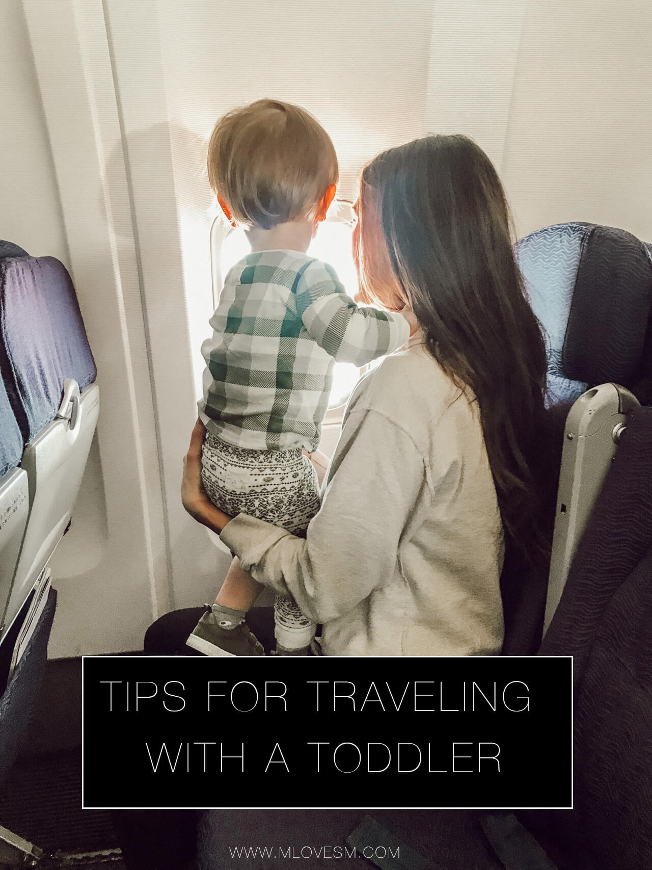 Tips for Flying with Kids + What to Bring in Your Diaper Bag - M Loves M @marmar