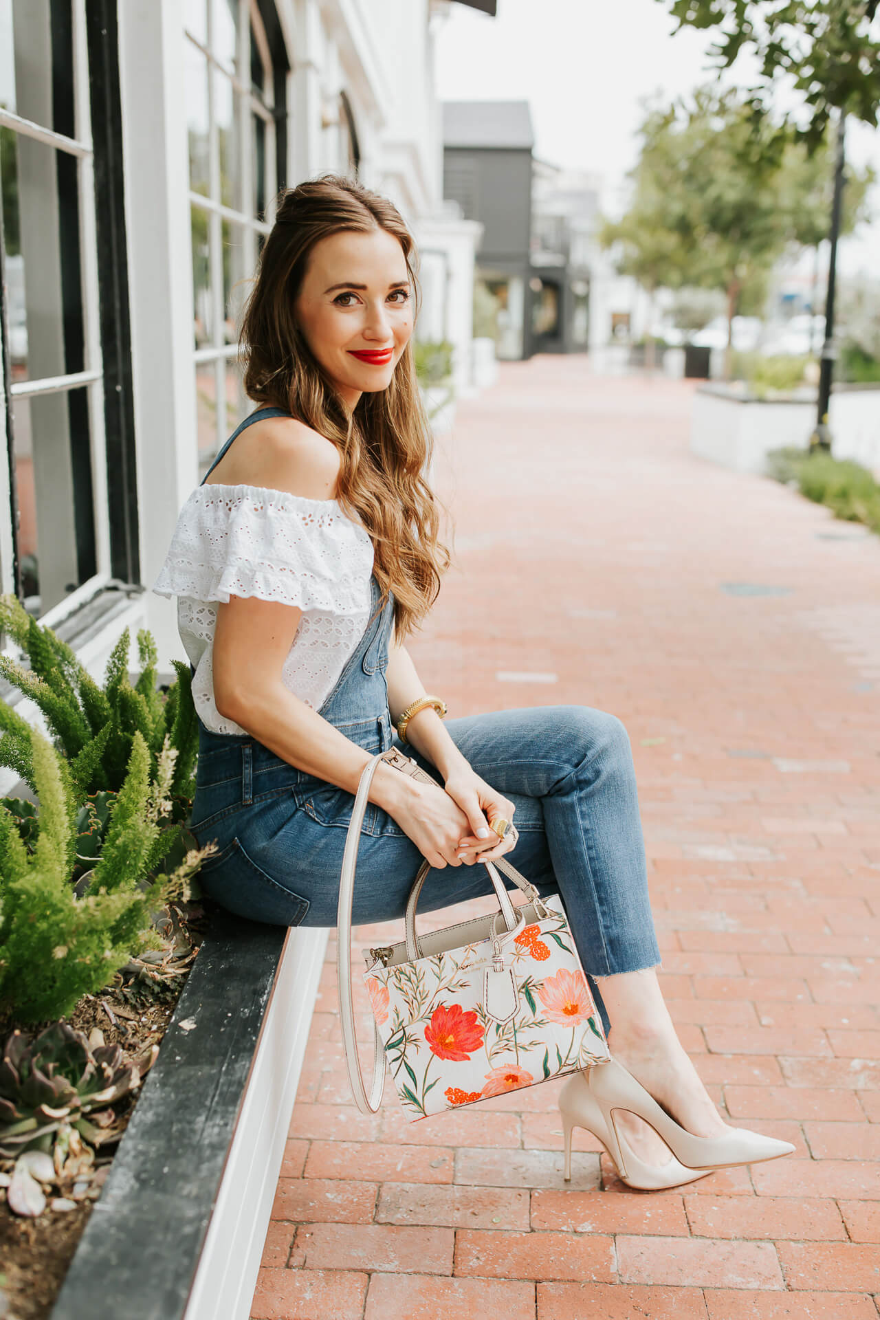 This floral Kate Spade bag is too pretty for summer! | M Loves M @marmar
