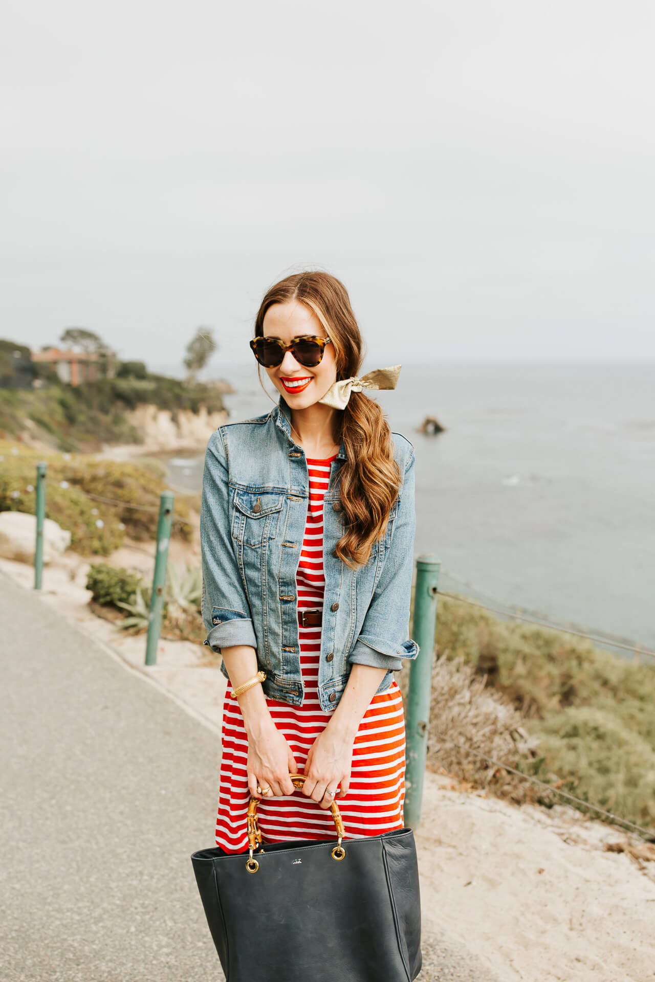 Red, white, and blue outfit inspiration. | M Loves M @marmar