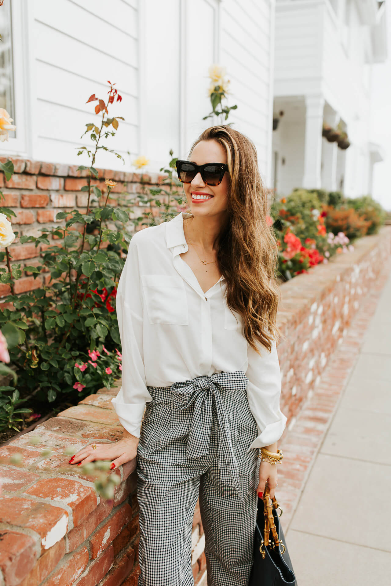 I'm pretty obsessed with these gingham linen pants from Anthropologie! | M Loves M @marmar