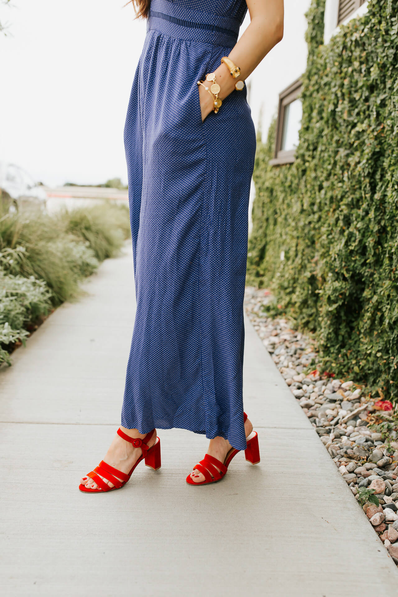 How to style a jumpsuit for sumer.   M Loves M @marmar