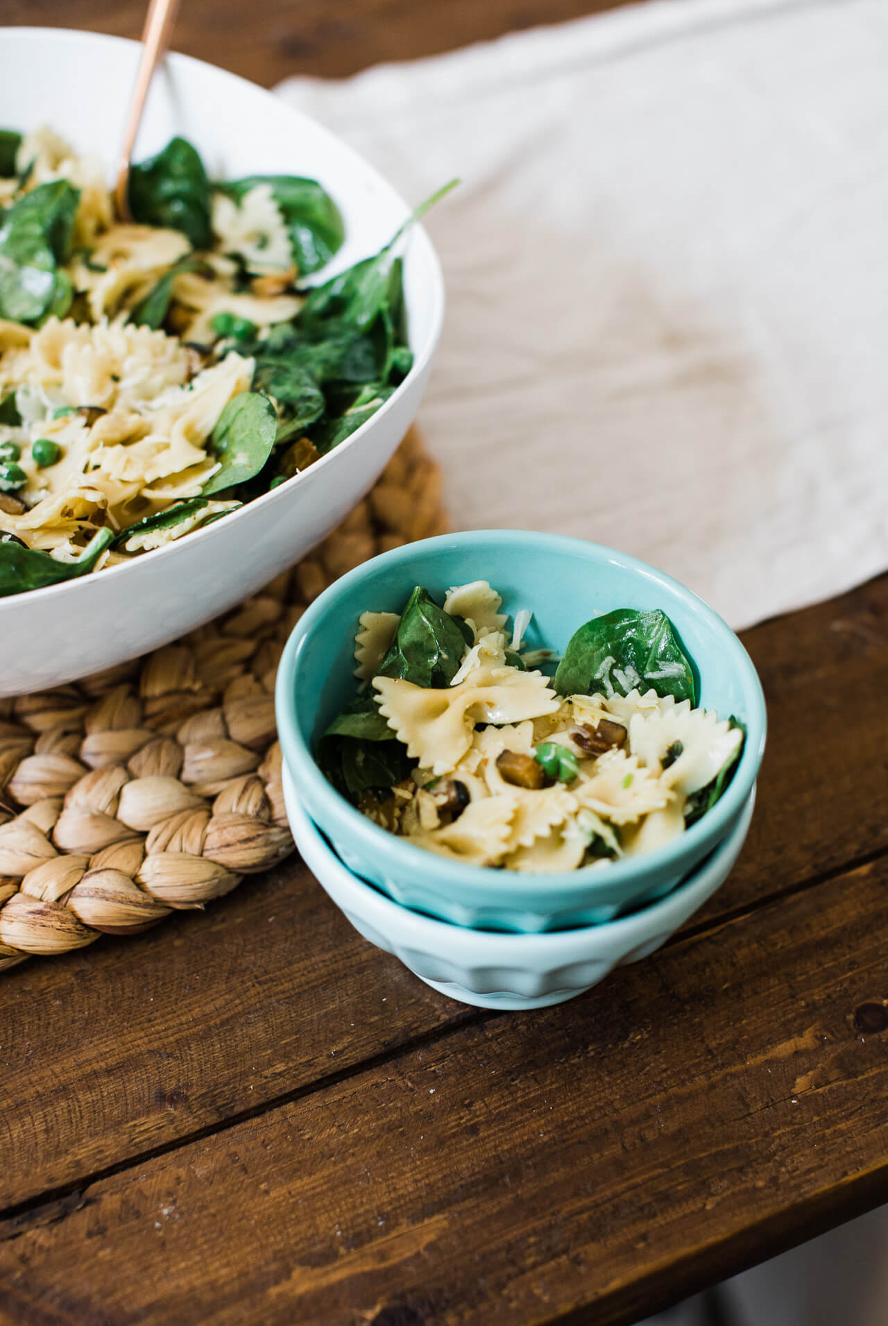 This summer pasta recipe is healthy and delicious! | M Loves M @marmar