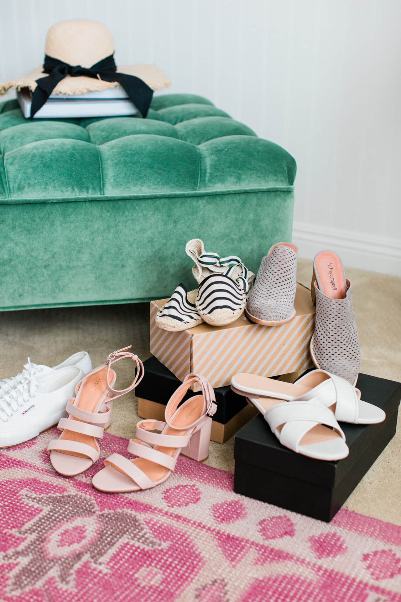 You'll want to pick up these 5 classic summer shoes fromt he Nordstrom Anniversary Sale! | M Loves M @marmar