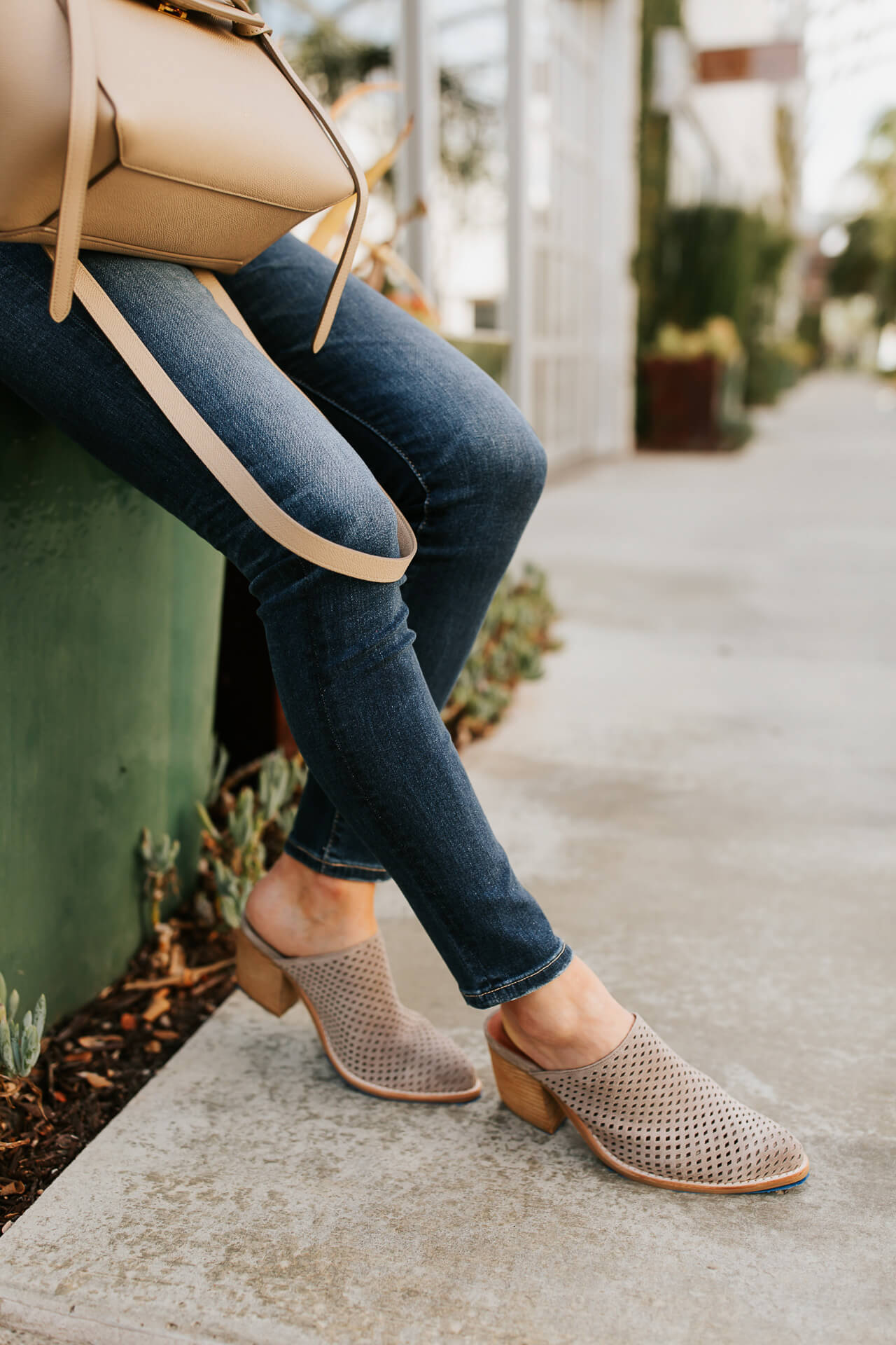 Nude mules are a shoe staple in my wardrobe. | M Loves M @marmar
