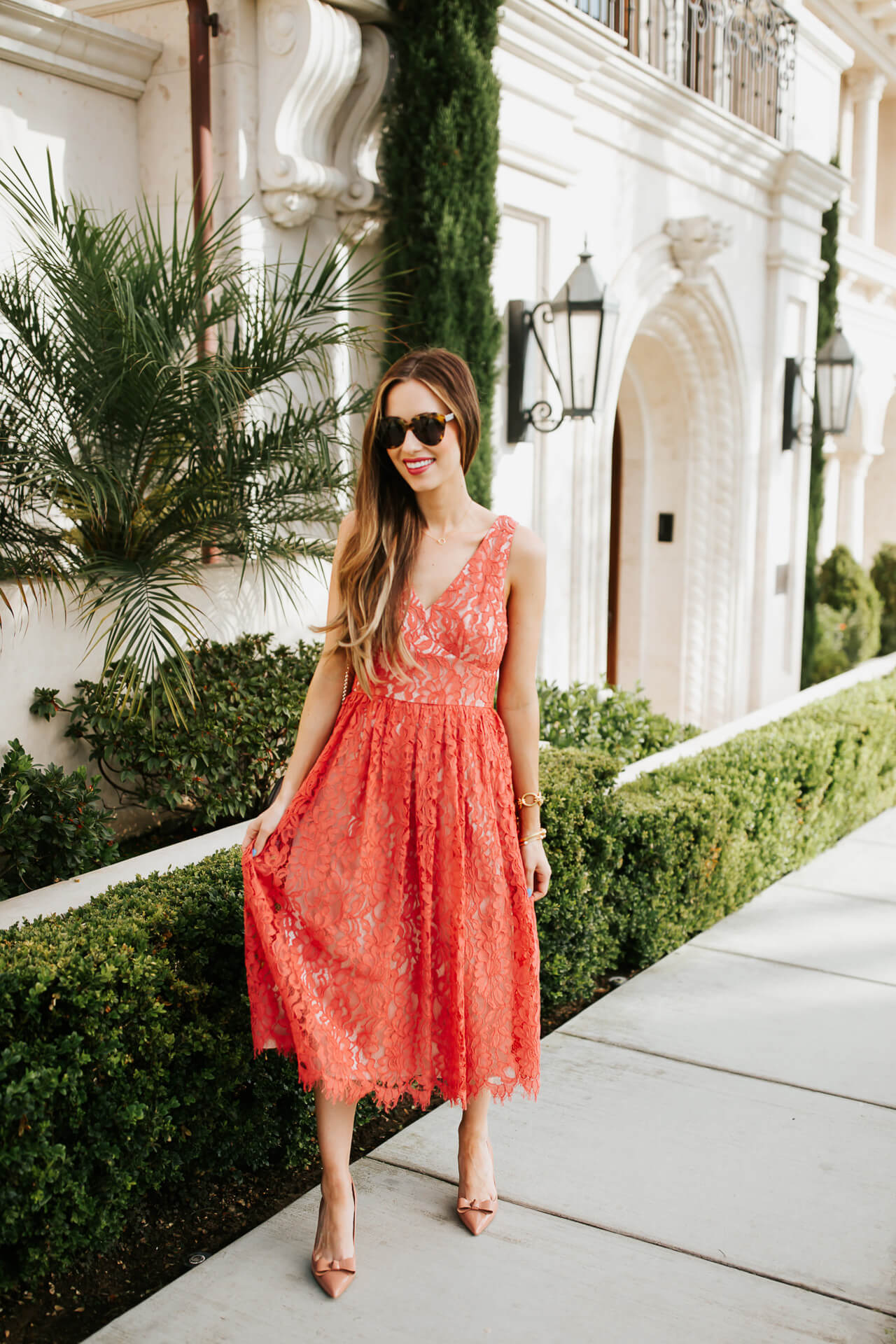 The prettiest romantic lace dresses. | M Loves M @marmar