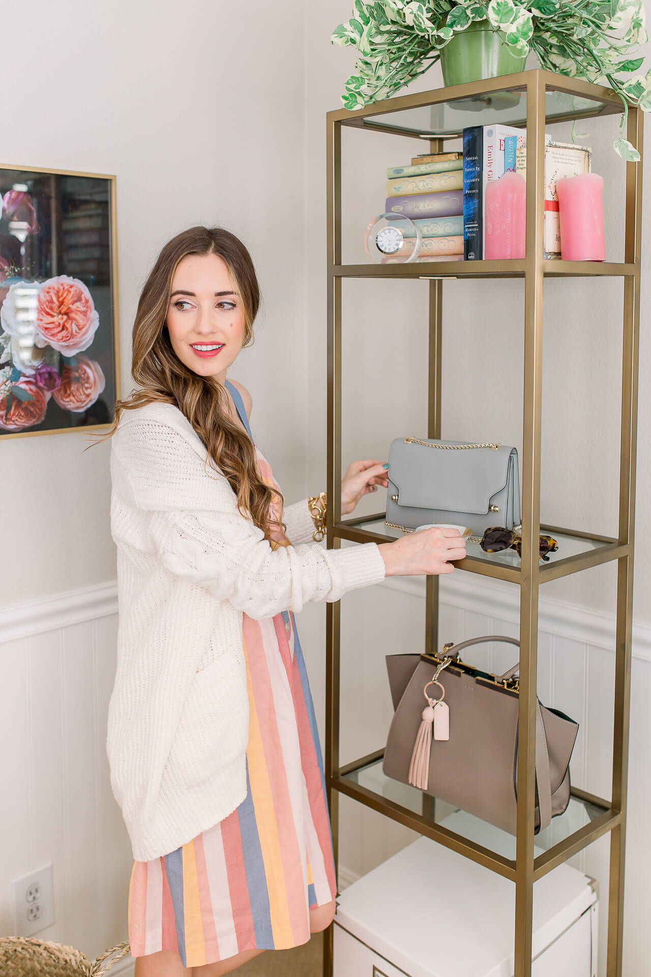 I love my gold office shelves! I'm getting my home office cleaned up for fall! Check out my desk organization tips!   M Loves M @marmar