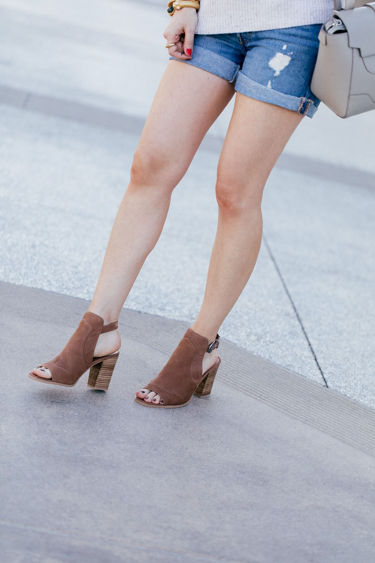 Gotta love open toe brown booties! I love this outfit inspired by SoCal in fall! So chic!   M Loves M @marmar