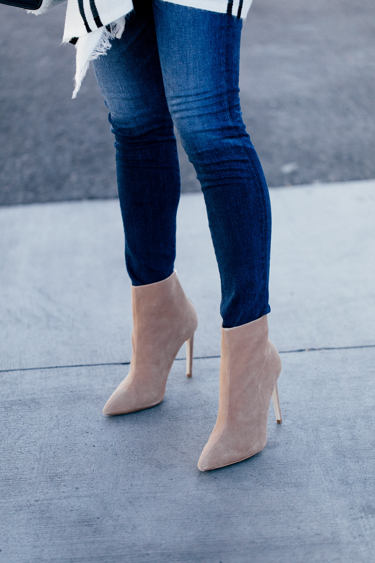 These suede heeled boots are too cute! | M Loves M @marmar