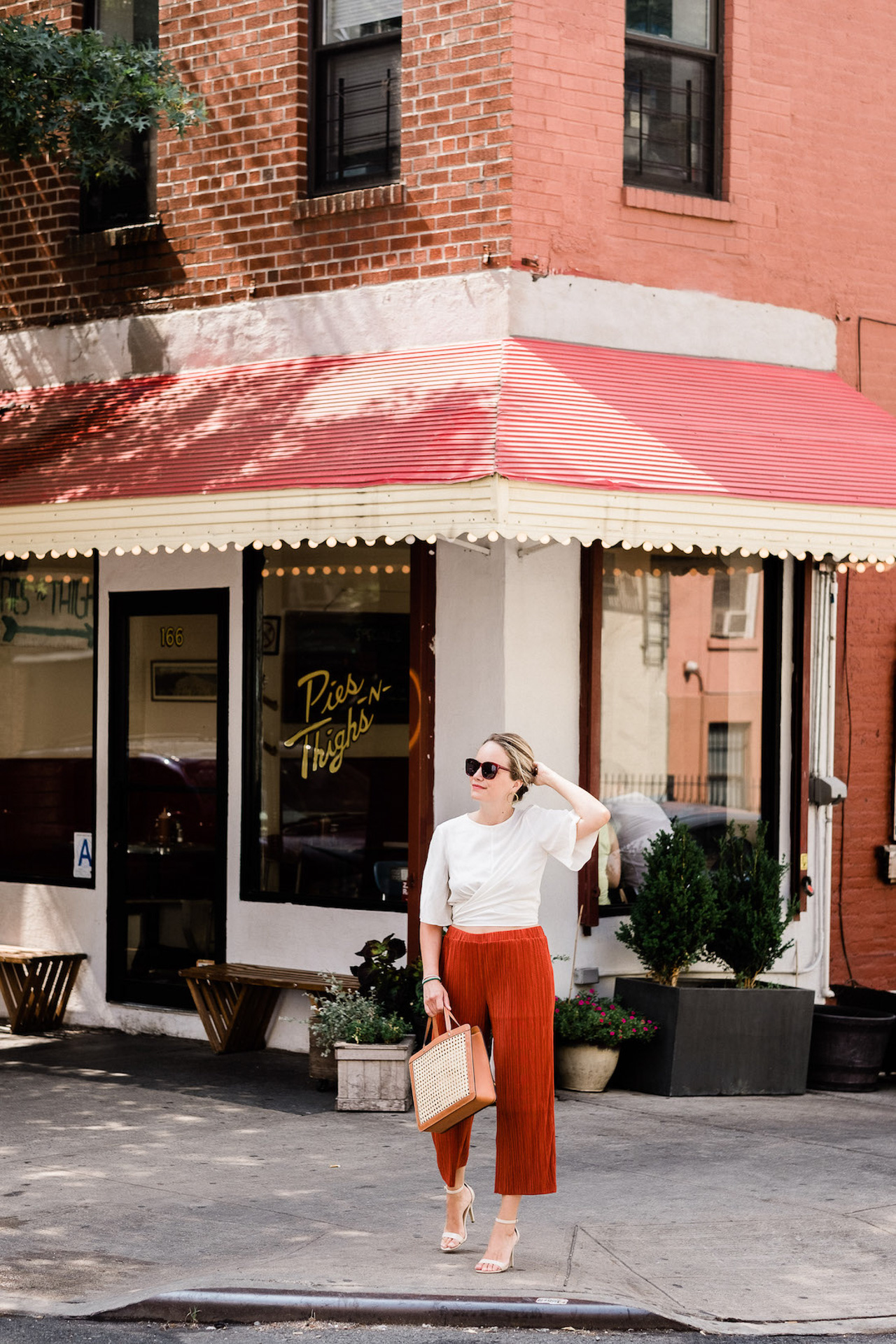 Grace Atwood from The Stripe shares her favorite spots in Brooklyn, New York! | M Loves M @marmar