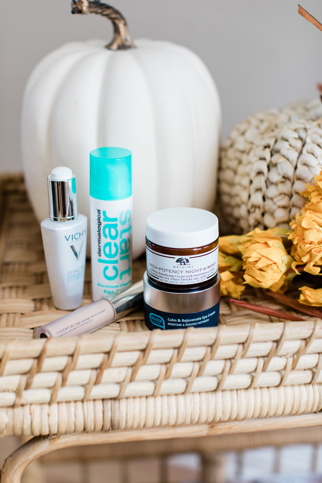 These brightening and healing products are major skin fixes! | M Loves M @marmar